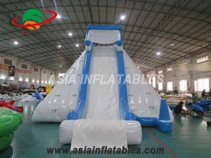 Inflatable Iceberg With Slide Challenge